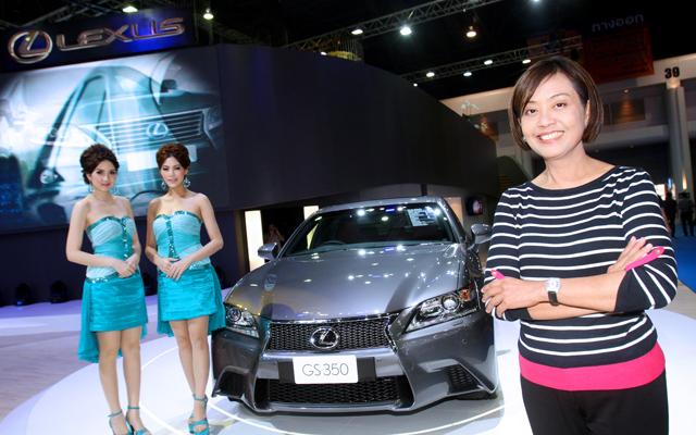 Lexus-(3)
