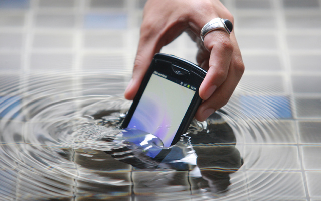 NEC-MEDIAS-Smartphone_2