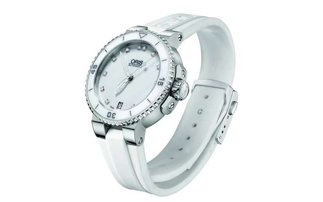 ORIS-Divers-Mid-Size-Date-DIAMONDS-02