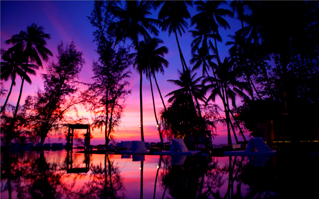 POOL_SUNSET-at-Nikki-Beach-Beach-Koh-Samui