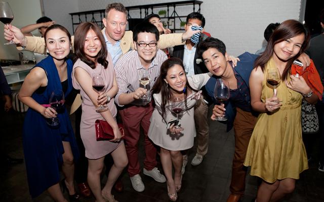10---บรรยากาศ-after-party-ที่ทุกท่านสนุกสนานไปกับไวน์ฝรั่งเศสรูปแบบใหม่