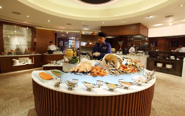 Cafe@2_Buffet-Line