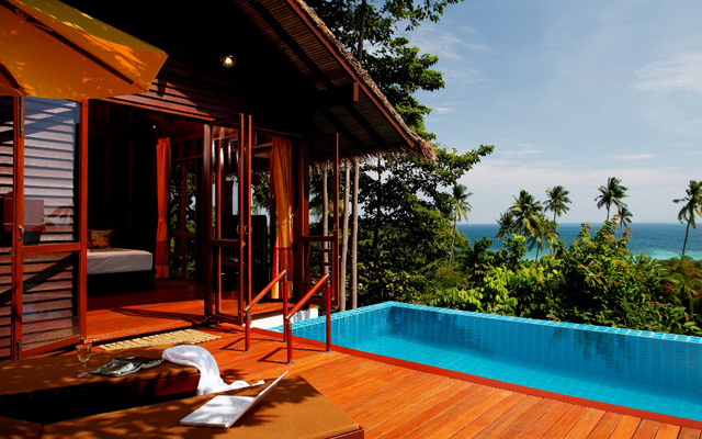 Zeavola---Pool-Villa-Suite-2