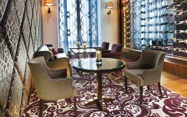 Decanter-Lounge-2