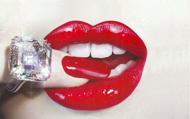 red lips tip