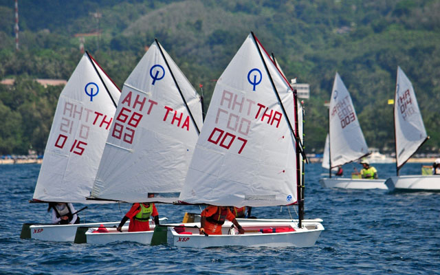 การแข่งขันเรือใบเล็ก Day 2 on the dinghy courses. 2012 Phuket King's Cup Regatta. Photo by Joyce Ravara
