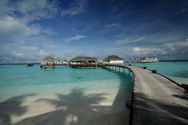 Centara Grand Island Resort & Spa Maldives - Arrival Pavilion & Reception