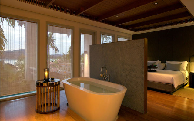 Regent Phuket Cape Panwa_Bay Suite_bathroom