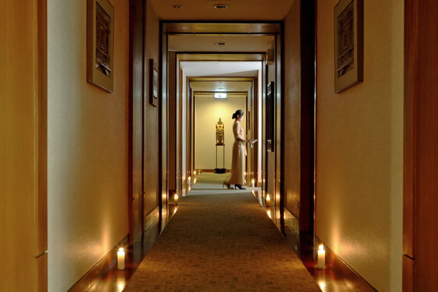 Spa Athenee Corridor