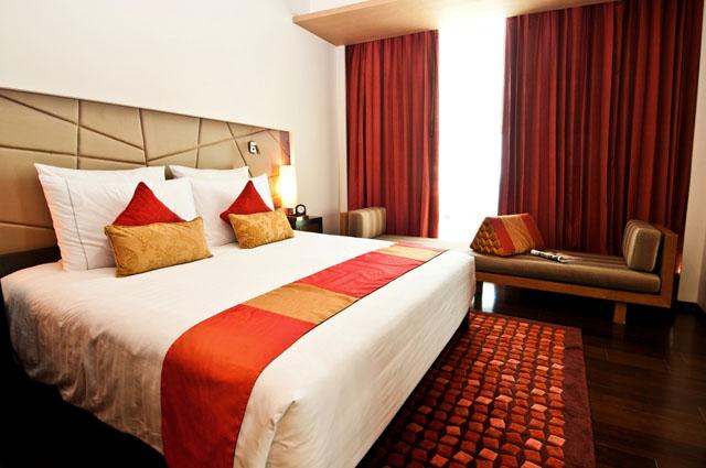 VIE Hotel Bangkok's Grand Deluxe (2)