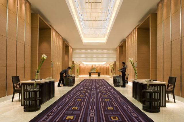 30092008153255_Foyer