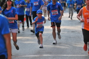 Four Seasons Hotel Bangkok Holds A Successful 6th Cancer Care Run at Lumpini Park
