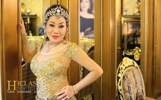 Hataithep Theeratada ซูซี่ หทัยเทพ ธีระธาดา Thailand Diva Hiclass Society 01