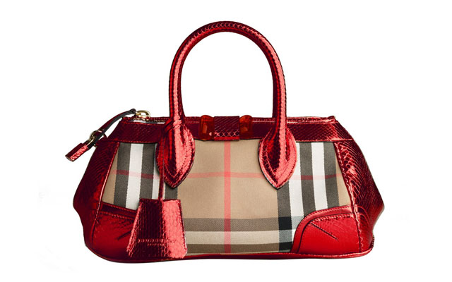 14 Burberry_The Blaze bag
