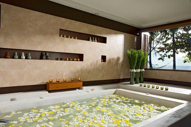 AEC Spa Floral bath