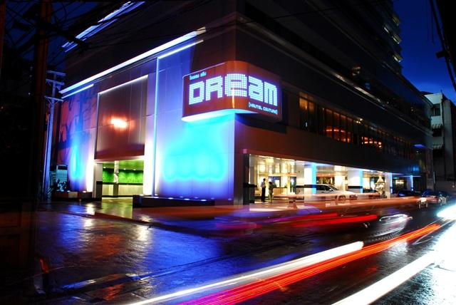 Dream Hotel Bangkok_Exterior1