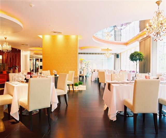 Flava Restaurant & Bar (4)