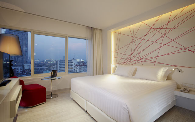 One Bedroom Suite- 002
