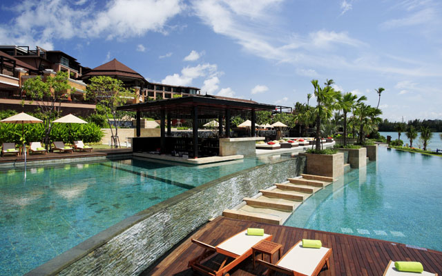 Radisson Plaza Resort Phuket Panwa Beach Seaside Pool 06