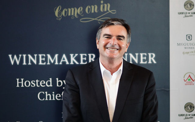 Neil McGuigan  หัวหน้าไวน์เมคเกอร์ของไวน์แมกวิเกน -1_resize
