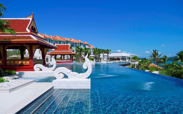 Regent Phuket Cape Panwa Outdoor Infinity edge pool