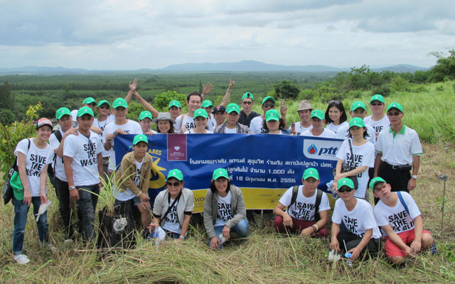 Tree Planting Activity_Sheraton Grande Sukhumvit01