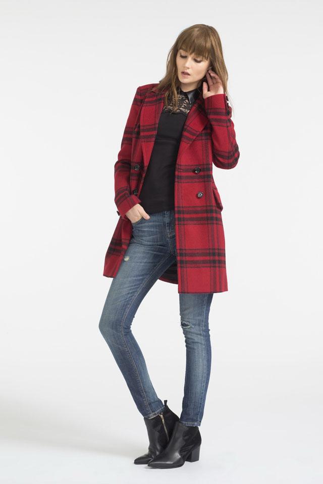 08 Karen Millen_Faded wash jeans THB 6,900