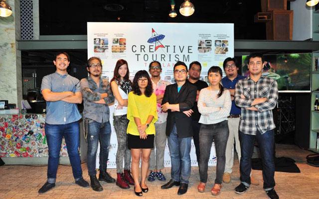 2 ทีมนักสร้างสรรค์อาสา