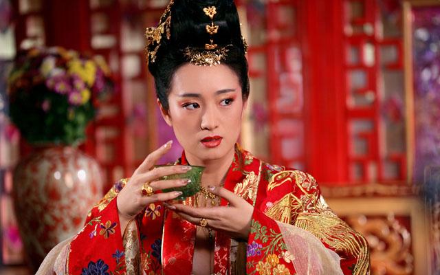 Gong Li Hi-Class 02
