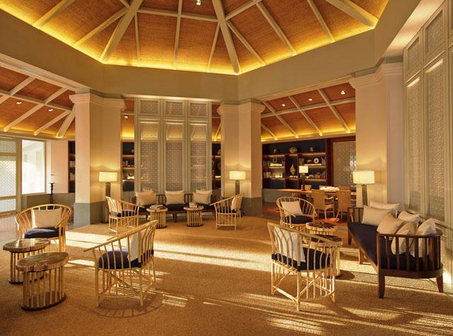 Regent Phuket Cape Panwa The Library Lounge with daylight