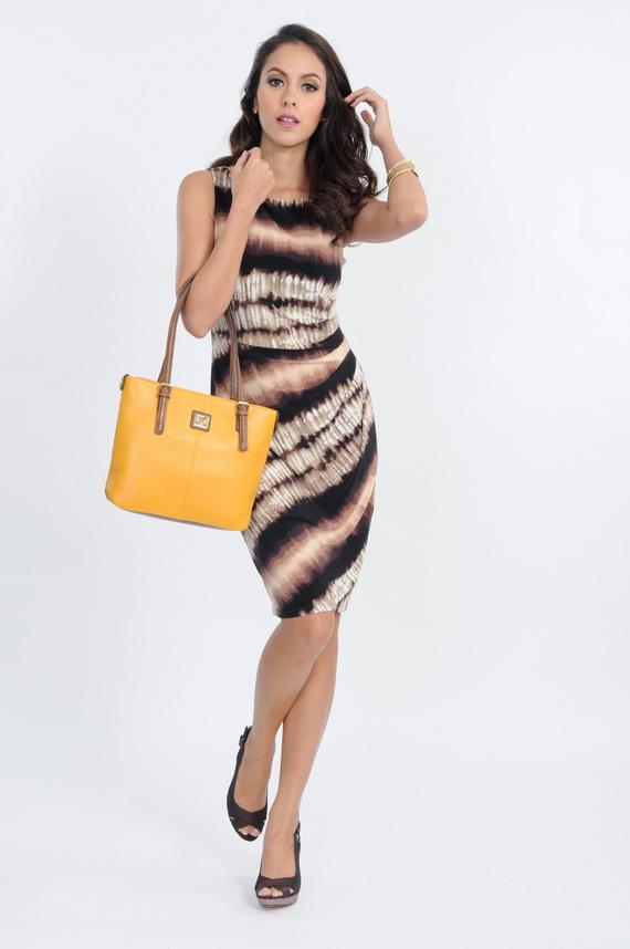05 Anne Klein_DRESS THB 14,900, BAG THB 5,500