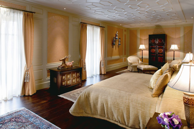 11_Grand_Deluxe_2-Bedroom_Colonial_Suite