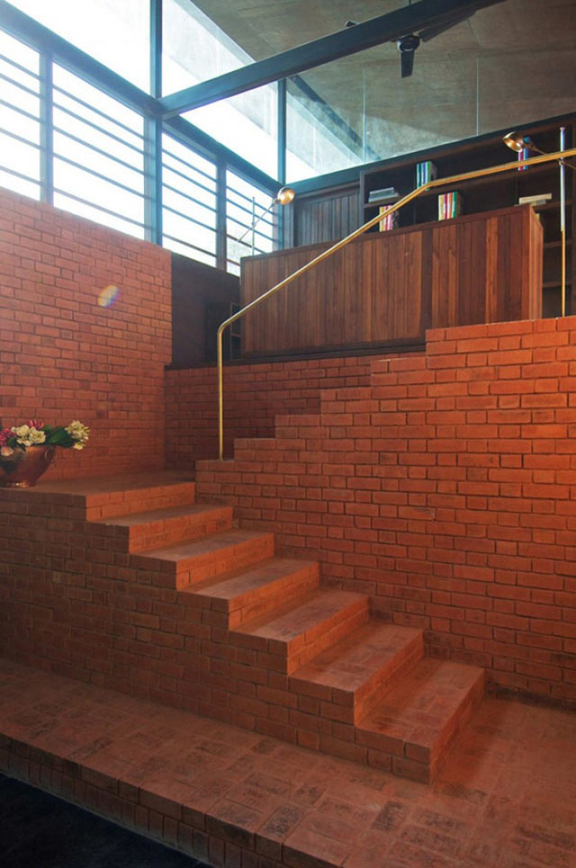 ladder 12