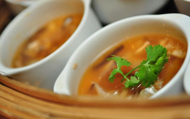 หูฉลามเพื่อสุขภาพ (ห้องอาหารจีนอิมพีเรียลไชน่า) (1)