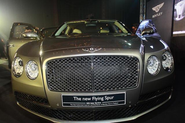 เบนท์ลี่ย์ ฟลายอิ้ง สเปอร์ (Bentley Flying Spur) ที่สุดแห่งยนตรกรรมซาลูน 4 ประตูสุดหรูจากประเทศอังกฤษ