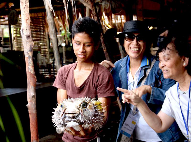 ปลาปักเป้าที่ ร้านอาหาร บ้านมะหญิง