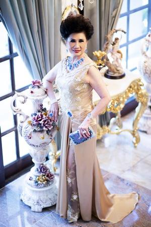 จรินทร์ สุมานนท์_Thailand Diva_Hi-Class Society_00