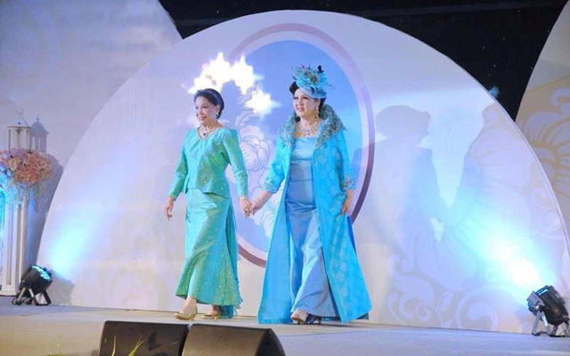 IMG_0058 Khunying Kingkaew Uathavikul and Khunying Issariyaporn Panjamanond