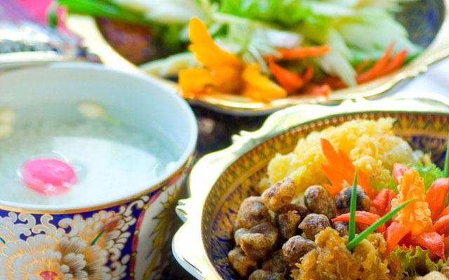 Novotel Ploenchit 'Songkran Brunch