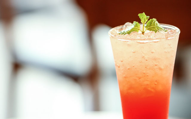 Sparkling Strawberry Daiquiri