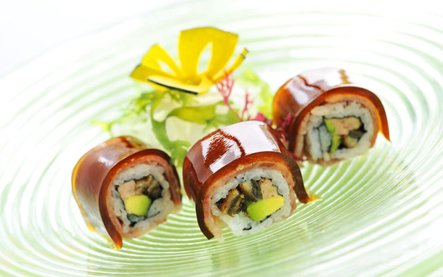 Matsuzaka Beef Maki with Garlic Jelly