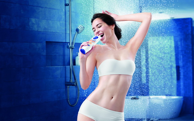 Nivea in shower_white pack low_JPEG