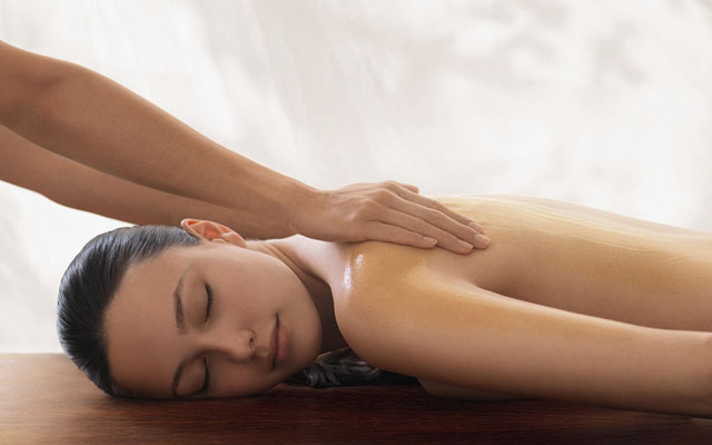 OIL Massage at Le Spa