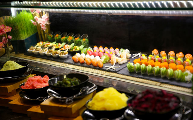 Japanese Buffet at Red Oven 02