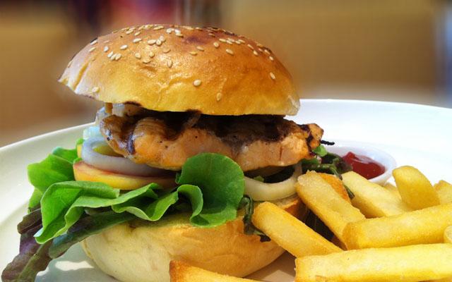 Salmon Steak Burger (1)