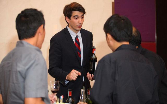 บรรายากาศงานไวน์ (4)_resize