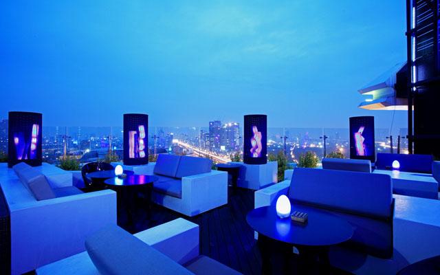Centara Grand at Central Plaza Ladprao Bangkok - Blue Sky 01