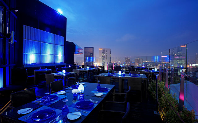 Centara Grand at Central Plaza Ladprao Bangkok - Blue Sky 02