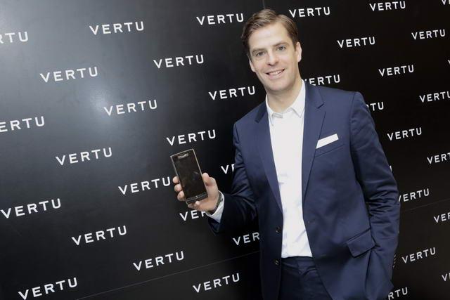 Vertu-02