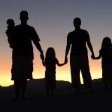 1280px-Family_Portrait_